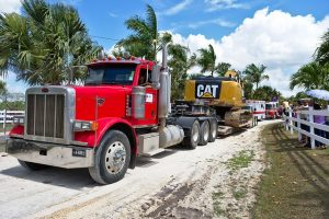 heavy haul trucking companies equipment handling services
