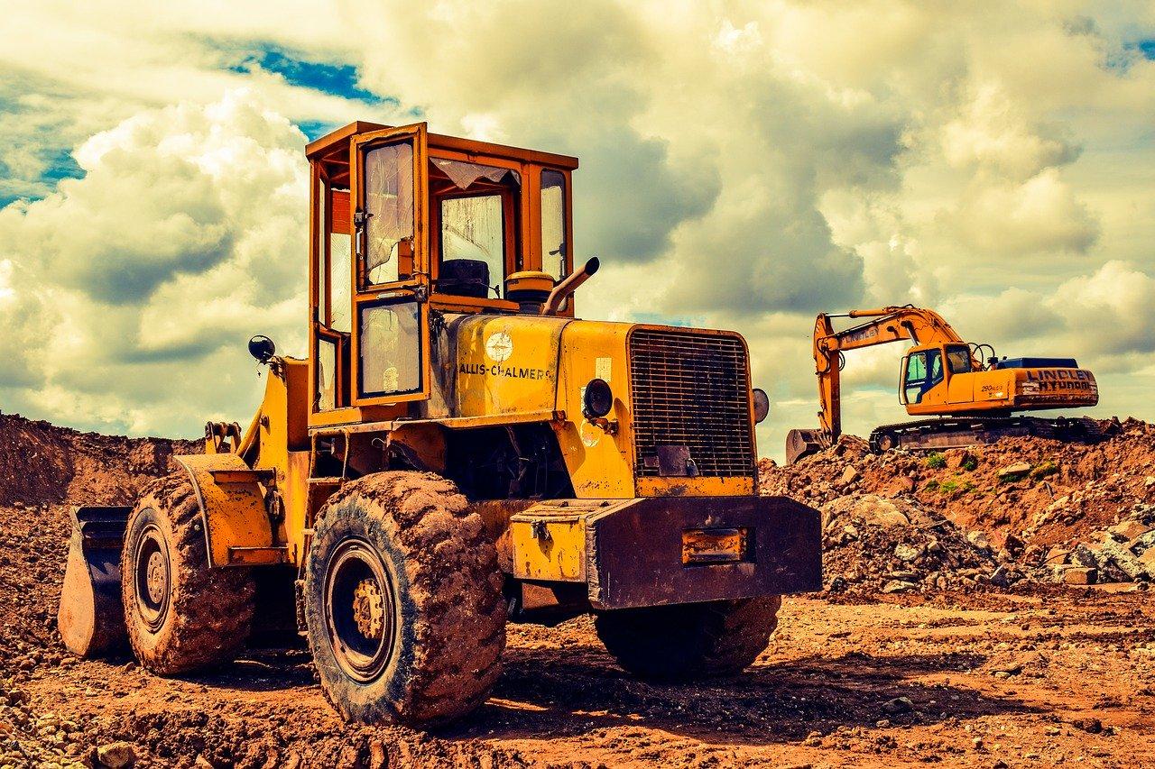 Heavy Construction Equipment Hauling & Transportation