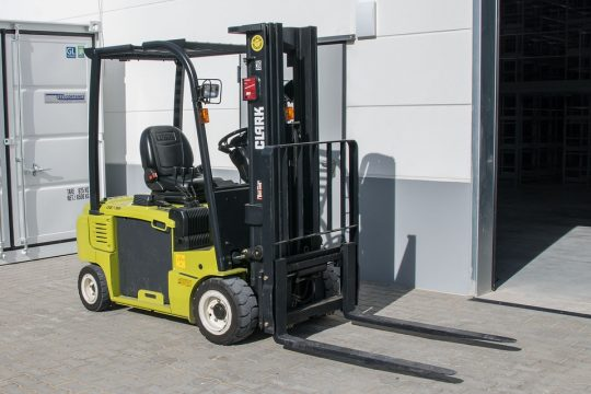 forklift truck transport